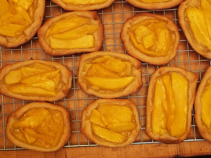 Country Mango Tarts